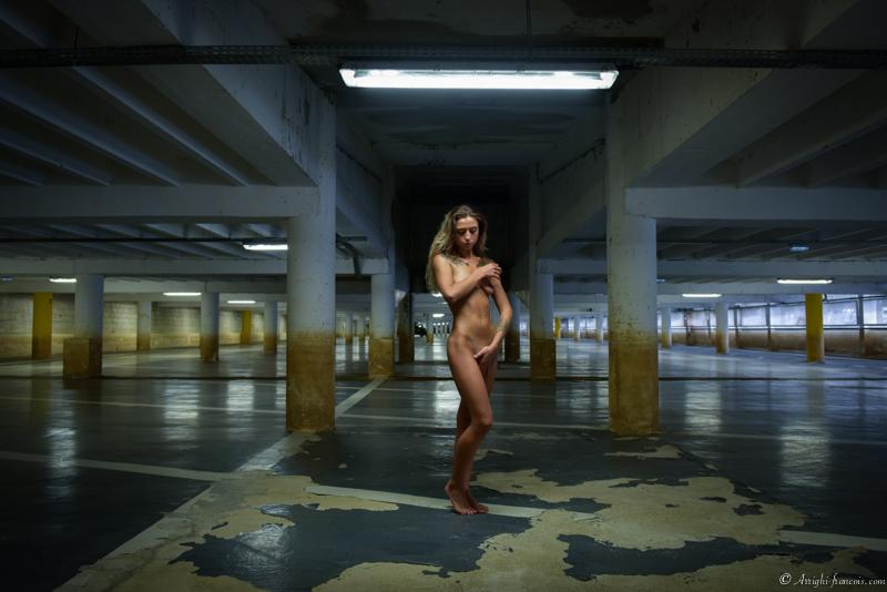 Nudité en sous sol - Photographe Professionnel Lyon et Paris - Arrighi Francois - Nu Mode Lyon
